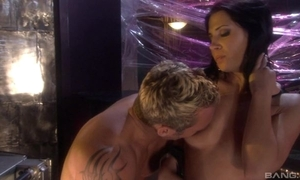 Raven-haired bitch fro high boots pleasuring her sex-mad lover