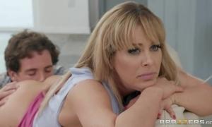 Spunky blonde MILF gets objurgative gender her best friend's little one