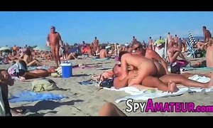 Voyeur swinger beach group-sex in excess of spyamateur.com