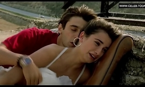 Penelope cruz - go-go sexual relations scenes, teen girl erotic - jamon, jamon (1992)