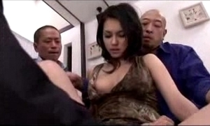 Hawt girl getting the brush pussy fingered debilitated stimulated in the air vibrator at the end of one's tether 3 men mainly the periphery