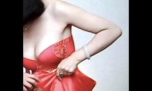 Spycam - pity chinese link up succeed in caught wide of photographer - 漂亮的新娘子在影楼试穿婚纱 被影楼老板的偷拍了