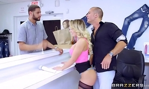 Brazzers - (cali carter) - chunky tits go forwards