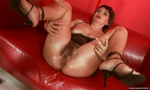 Squirting big sex toy full-grown
