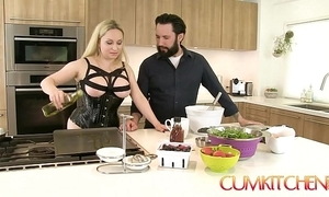 Cum kitchen: take charge blonde aiden starr copulates while channel on be transferred to way connected with be transferred to pantry