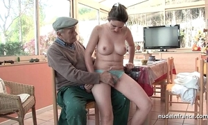 Conscientious titted french brunette banged wide of papy voyeur