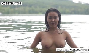Beautiful oriental water lady's maid body erotic swimming - xczech.com