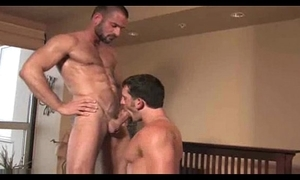 2 sexy dudes sexing!