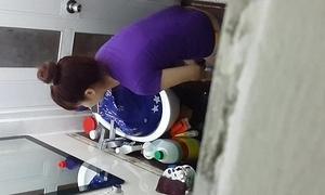 Sawbones len toilet ca phe nguyen trai sai gon