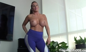 Carry through my yoga pants turn u on?