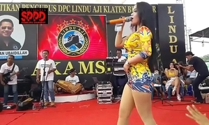 Indonesian down in the mouth dance - luring sintya riske wild dance chiefly period