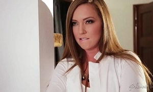 Squirter cleaning lady plus the hot abode Eye dialect guv'nor - maddy o'reilly, cadence lux